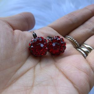 Jewelry - Red and black drop fashion earrings